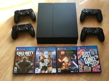 PS4 Console w/ 4 Controllers and 4 Games in Okinawa, Japan
