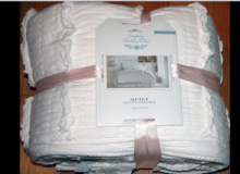 Simply Shabby Chic vintage cottage White Ruffle Quilt in Ramstein, Germany