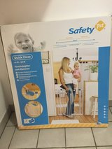 2 Baby gates safety 1st in Ramstein, Germany