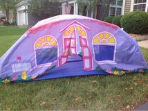 Little girls cottage tent in Plainfield, Illinois