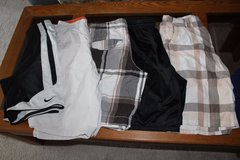 Urban Pipeline Rue21 Aeropostale Nike Sports size 29 Boys/men shorts lot of 6 in Naperville, Illinois