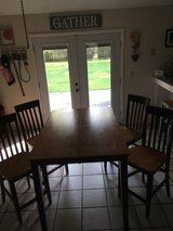 MUST GO THIS WEEKEND dining set in Beaufort, South Carolina