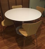 Dining Table w/chairs in Vacaville, California
