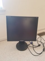 Samsung Syncmaster 940 BX in Naperville, Illinois