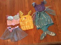 Dress up in Glendale Heights, Illinois