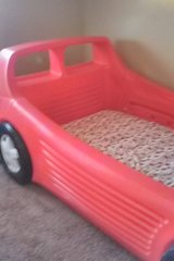 twin bed/CAR in Yucca Valley, California