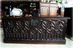 gorgeous Renaissance chest - over 200 years old in Spangdahlem, Germany