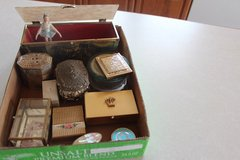 Vintage Jewelry Boxes/Compacts in Alamogordo, New Mexico