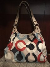 Coach Ashley Op Art scarf print and wallet in Fort Campbell, Kentucky