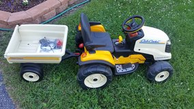 Peg Perego Battery opetated kid's CUB CADET MOWER w/ Trailer-  Newer Battery in Chicago, Illinois