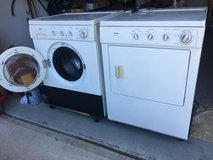 Kenmore Washing Machine Washer Gas Dryer Stackable Set in Camp Lejeune, North Carolina