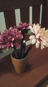 Floral Pen Set w/Pencils NEW!!! in Plainfield, Illinois
