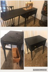 Black flip up sewing machine table in Fairfield, California