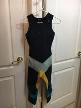 9 Like New Kassia Meador Roxy Limited Edition Girls Womens Wetsuits!! in Camp Pendleton, California