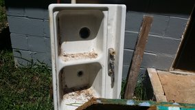 Cast iron and enamel double kitchen sink from approximately 1950. Good shape . Make offer call 4... in Warner Robins, Georgia
