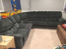 Cloth Sectional with 2 recliners and pull out bed in Lockport, Illinois
