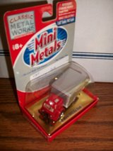 Mini Metals HO Scale '53 White 3000 Box Truck in Chicago, Illinois