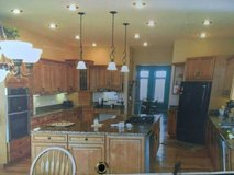 *BEAUTIFUL* HIGH QUALITY ~ HAAS CUSTOM KITCHEN CABINETS,GRANITE,SOME APPLIANCES LOTS MORE A MUST... in Yorkville, Illinois