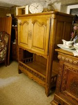 TV cabinet with 2 doors around 1890 in Baumholder, GE