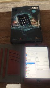 iPad mini 2 64gb wifi w cases in Clarksville, Tennessee