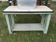 Enamelware top bench/coffee table in Elgin, Illinois
