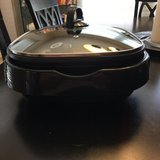 3 in 1 grill, slow cooker and food steamer LIKE NEW in Kingwood, Texas