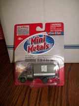 Mini Metals HO Scale International R-190 US Mail Van in Chicago, Illinois