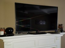 SMART LG PACKAGE DEAL!! in Fort Campbell, Kentucky