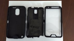 Otterbox case for a Samsung Note 3 in Naperville, Illinois