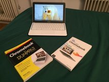 GOOGLE CHROMEBOOK + 2 Books in Stuttgart, GE