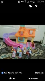 fisher price little people stable & horses in Vacaville, California