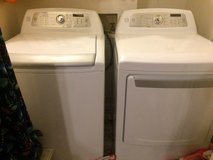 Washer and dryer set in Cherry Point, North Carolina