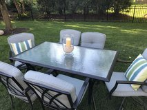Patio Table and chair aluminum cast in Naperville, Illinois