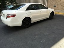 2007 Toyota Camry hybrid very clean (one year warranty on battery) in Chicago, Illinois