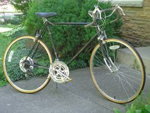 Vintage Schwinn Men's 10-Speed Bike in Chicago, Illinois