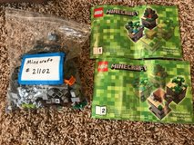 complete Lego Minecraft set #21102 in Chicago, Illinois