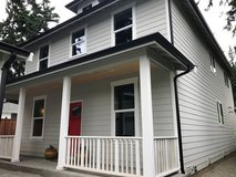 REDUCED! Move-in Ready ~ American Four-Square meets modern Farmhouse! in Fort Lewis, Washington