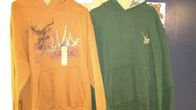 2 mens Large hooded sweatshirts in Fort Campbell, Kentucky