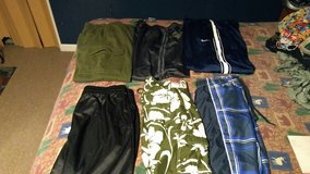 Mens Medium clothes in Fort Campbell, Kentucky