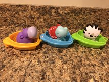 Fisher-Price Scoop 'n Link Bath Boats in Chicago, Illinois