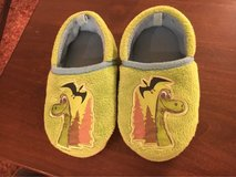 Toddler 7/8 Slippers in Sugar Grove, Illinois