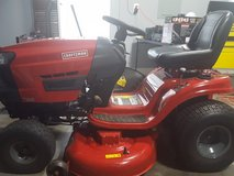 Craftsman 46 in. Deck Briggs & Stratton Gold Plus 19 HP Riding Mower in Perry, Georgia