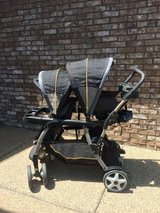 Graco Ready 2 Grow double stroller in Fort Knox, Kentucky