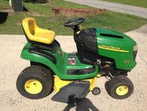 John Deere Riding Mower in Perry, Georgia