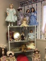 Large Doll collection in Warner Robins, Georgia