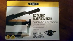 Brand New Bella Rotating Waffle Maker in Fort Campbell, Kentucky