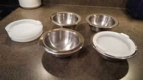 Set of 4 stainless steel bowls with lids in St. Charles, Illinois