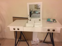 vanity table top in Fort Rucker, Alabama