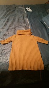 old navy sweater dress size 18-24 months in Lawton, Oklahoma