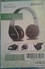 Wireless Head Phones in Fort Campbell, Kentucky